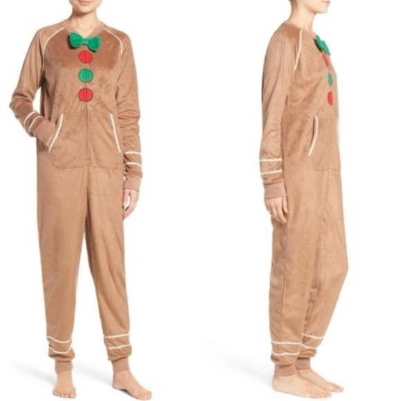 b661080866 cozy zoe Other - Gingerbread man pajamas